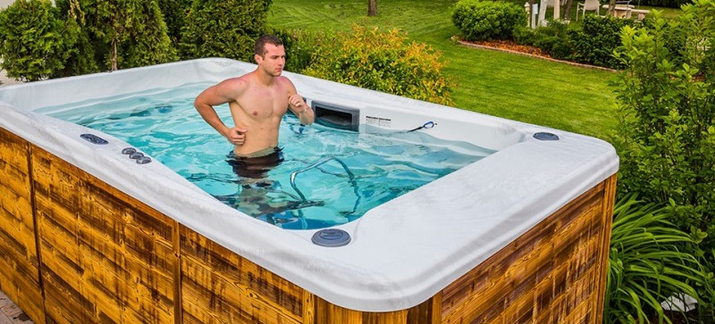 Le tapis de course aquatique est utilisable dans un spa de nage