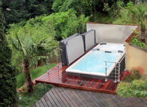Installation d un spa de nage en exterieur