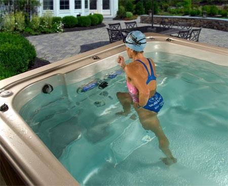 Le steps en spa de nage